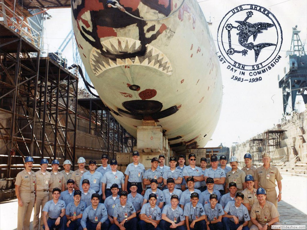 USS Shark (SSN-591) last day in commission photo 1990.