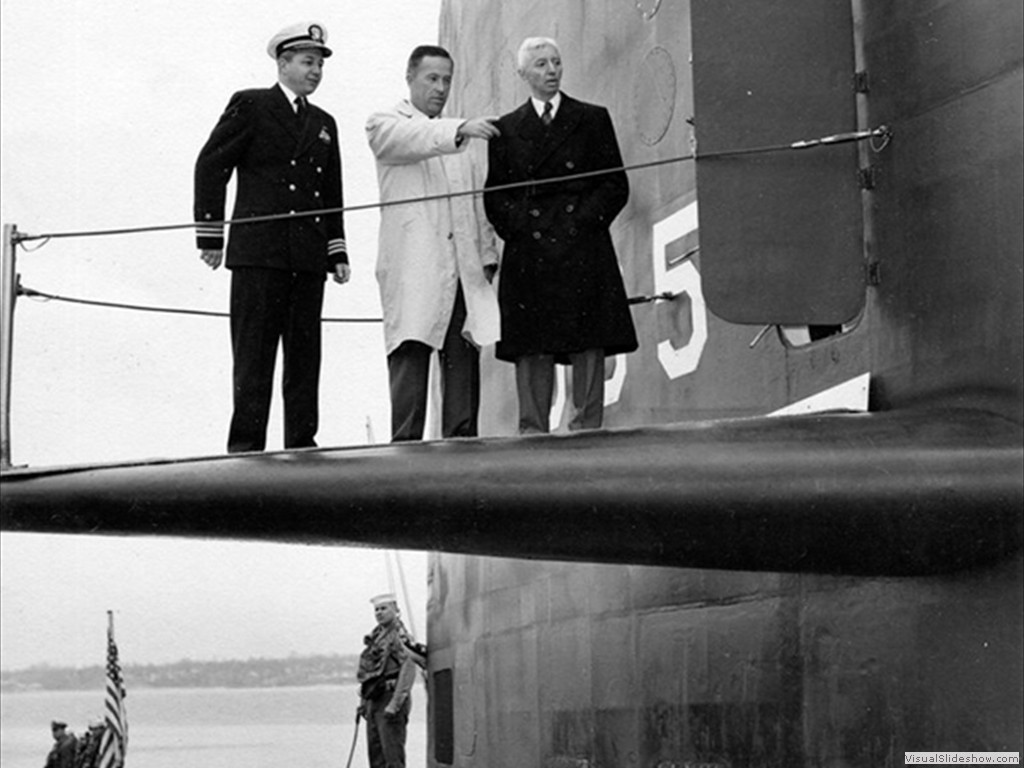USS Skipjack (SSN-585) the skipper, a civilian and Admiral Hyman Rickover