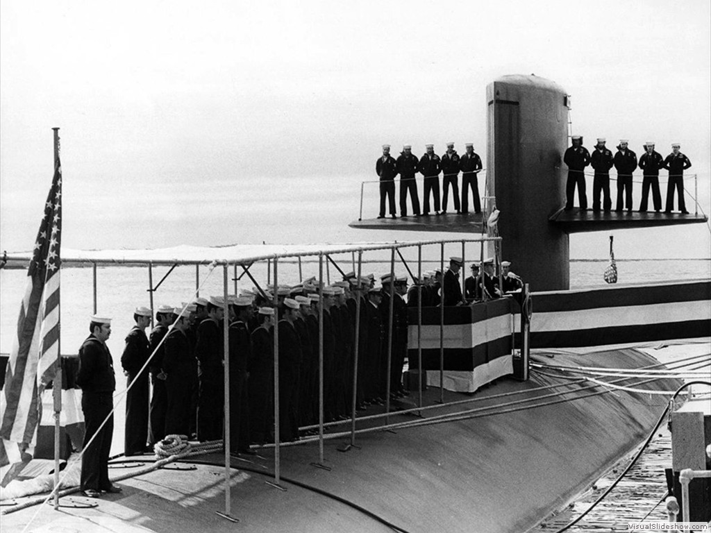 USS Tunny (SSN-682) commissioning 1974.